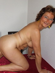 Naughty housewife showing off her booty