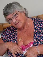 White granny in stockings masturbation