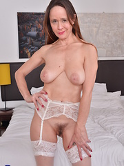 Hairy British housewife getting nasty