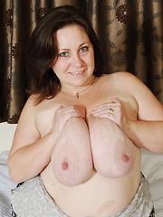 This hot mature has huge tits