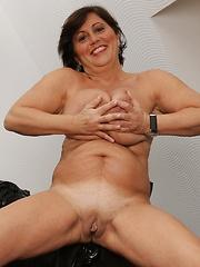 Big titties on this mature