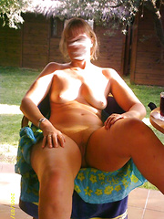 Mature amateurs getting jiggy with it with no shame or remorse