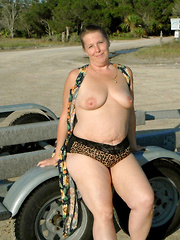 Fat mature amateurs driving nude around the country